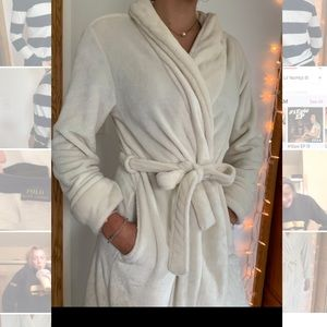 White/Cream plush Robe